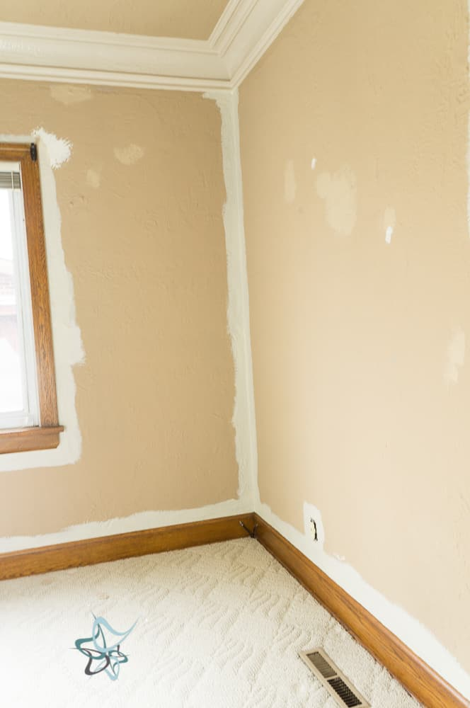 How to Easily Paint Walls in Your Home ~- Designed Decor