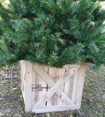 how-to-Christmas-Tree-Box-MyRepurposedLife.com_