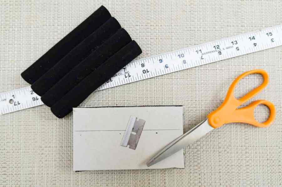 black velvet foam ring holder
