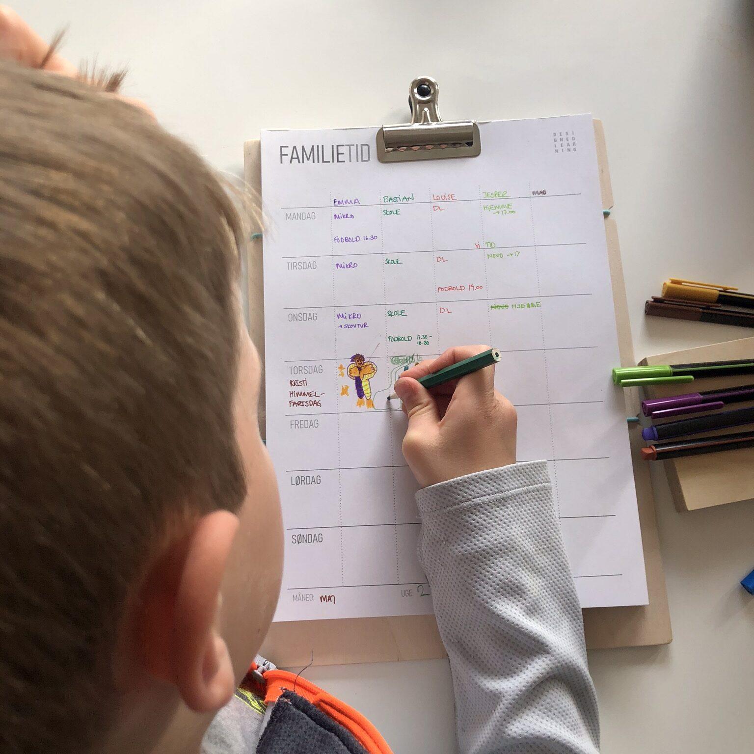 family planner, FAMILIETID, kalender, tid, nærvær, hyggetid