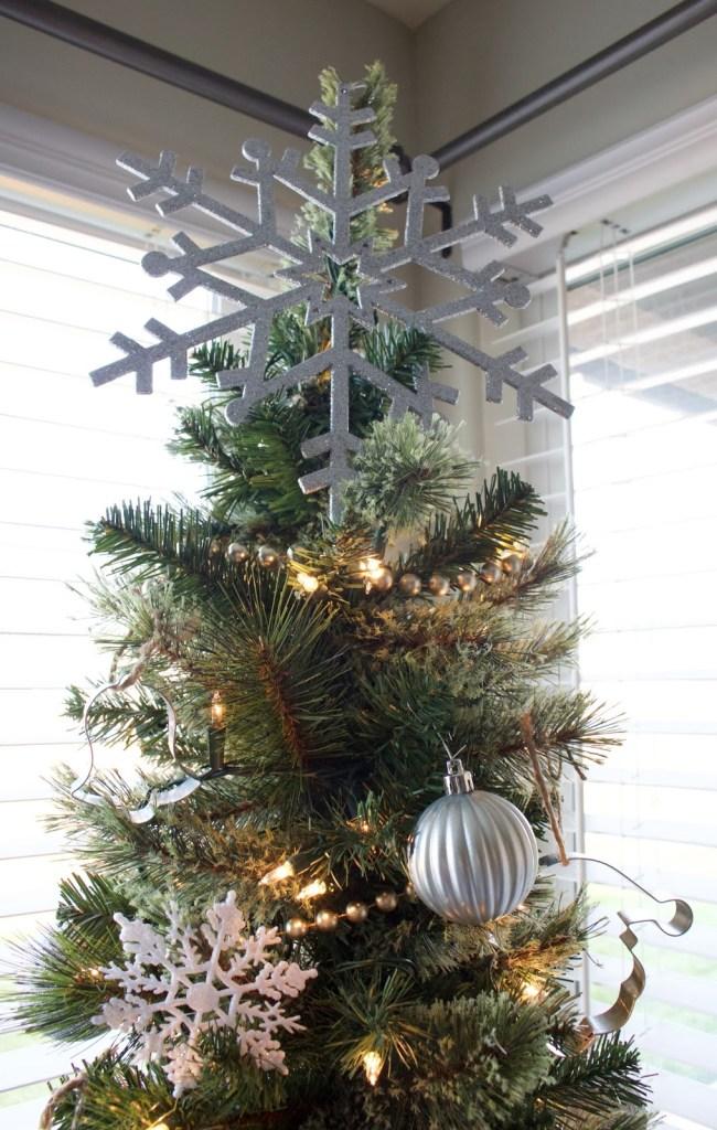 snowflake christmas tree