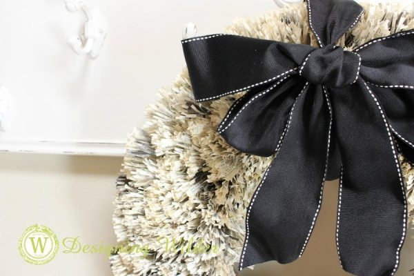 DIY-Book-Page-Wreath-with-Ribbon4