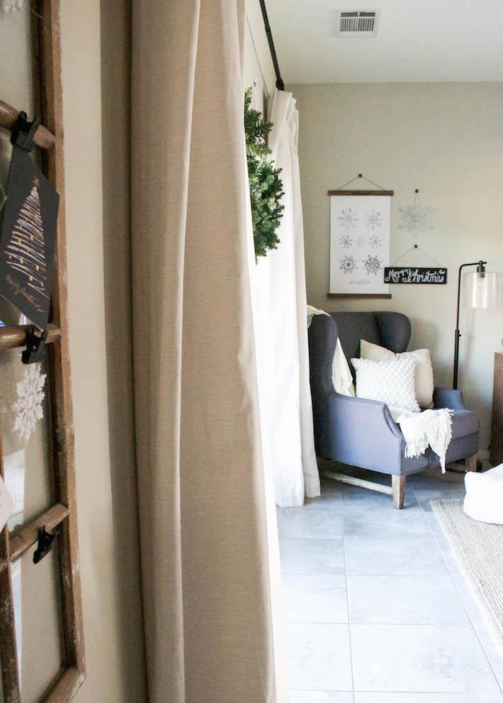 Modern Farmhouse Christmas - Living Room   designedsimple.com
