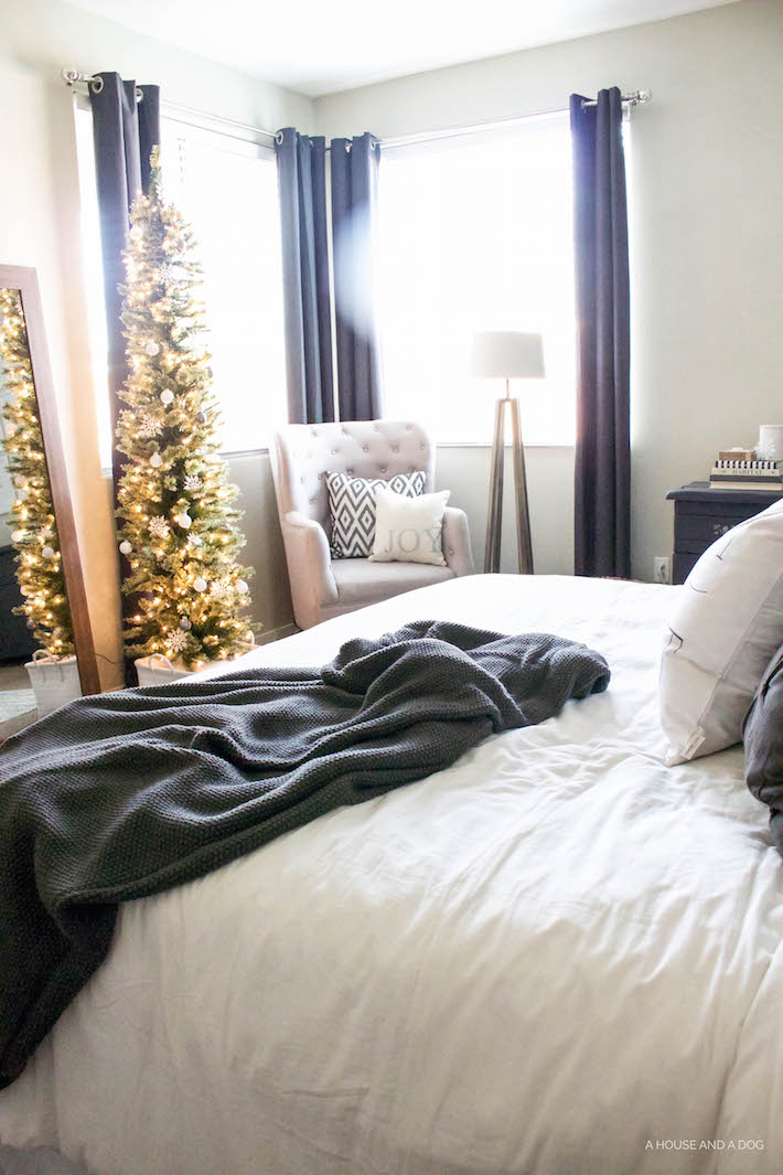 Simple White & Gray Christmas Bedroom 2016 | designedsimple.com