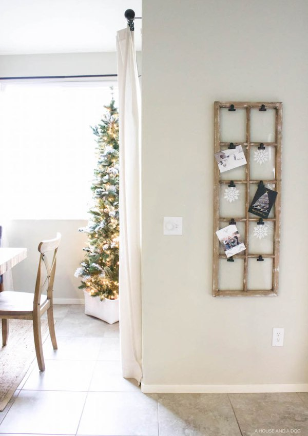 Simple & Easy Holiday Card Display