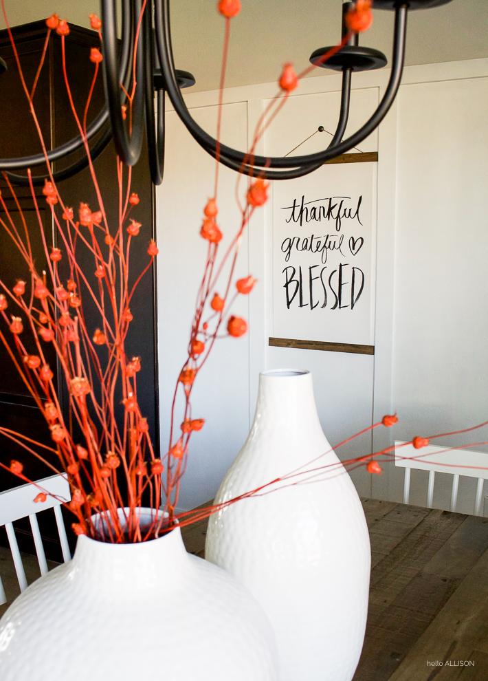 Simple Thanksgiving Decor | designedsimple.com