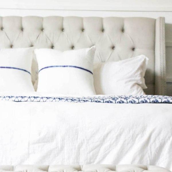 How to Keep Bedding Bright White   designedsimple.com