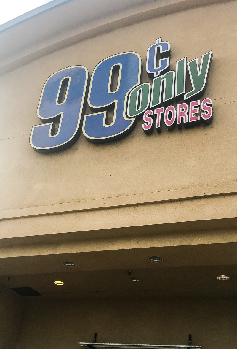 Give back this Christmas while staying on budget with 99 Cents Only Stores! #shop #dothe99