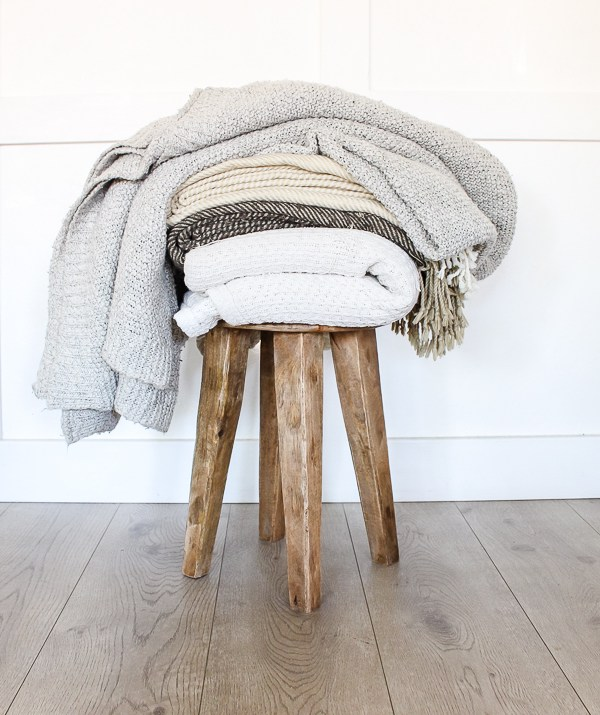 12 Cozy Blankets & Throws for Fall