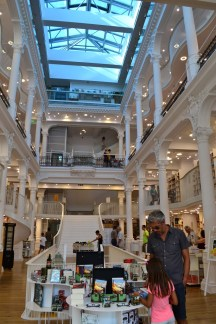 Traseu prin București - Cărturești Carusel