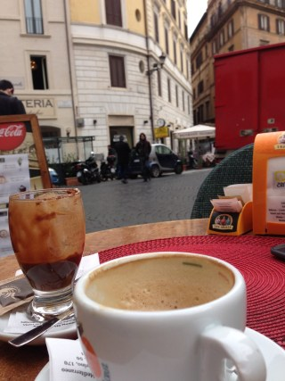 Cafea in Roma