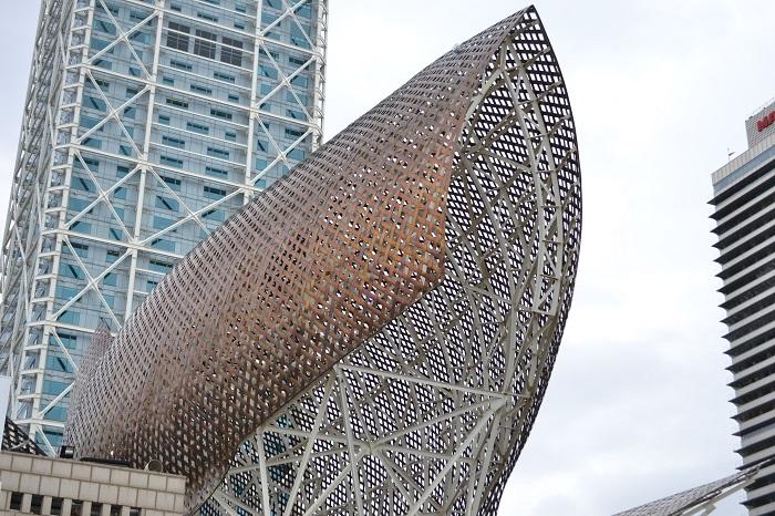 Peştele din Barcelona, opera lui Frank Gehry