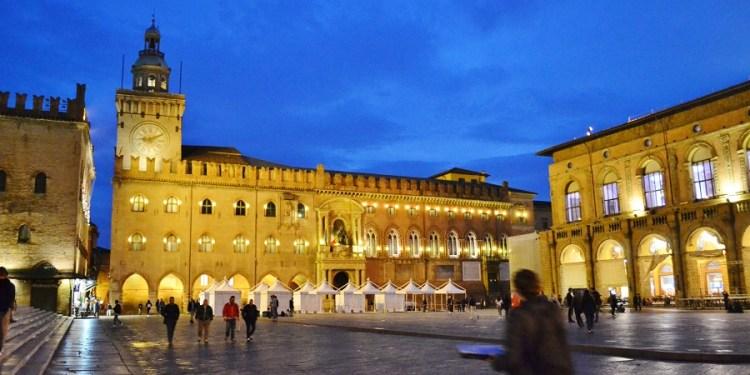 Întâmplări amuzante în deplasare la Bologna