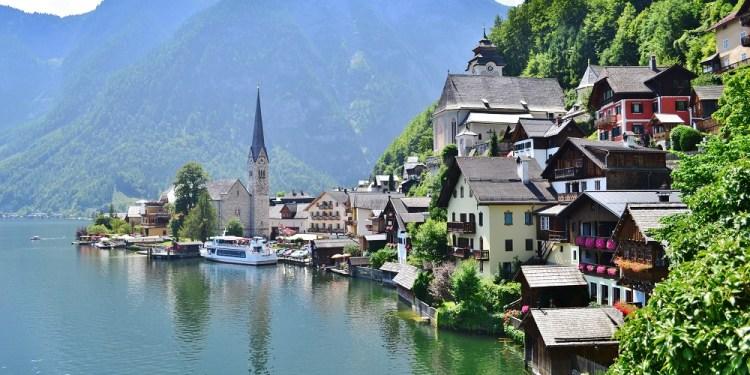 Hallstatt, cel mai frumos orășel de munte din Europa