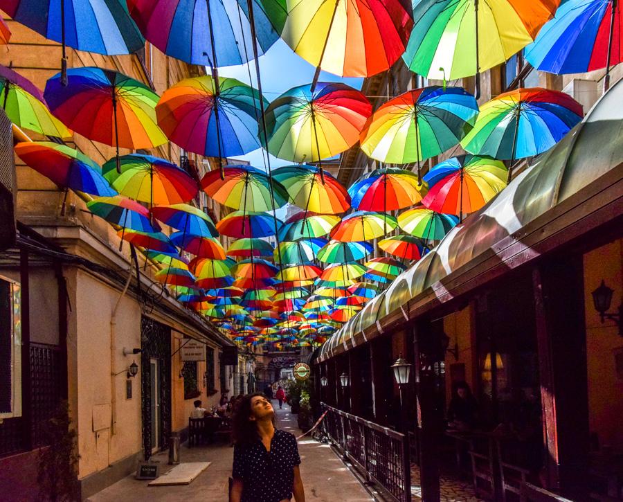 La pas pe Calea Victoriei - obiective în București - Pasajul Victoria
