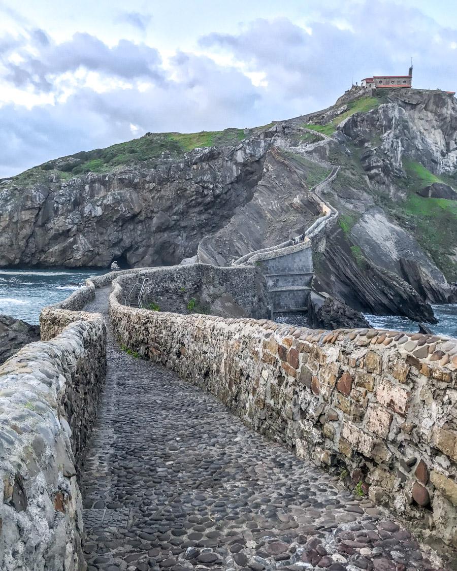 Călător în Westeros: Dragonstone (Țara Bascilor, Spania) - Gaztelugatxe