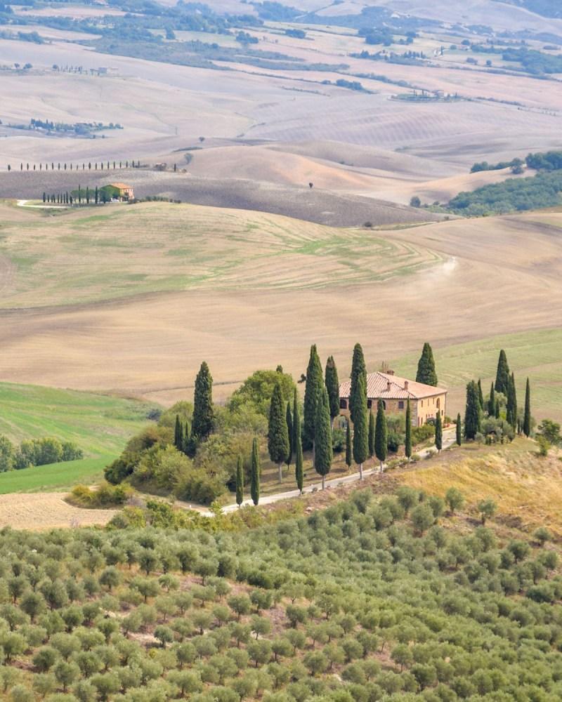 Val d'Orcia, Toscana, Italia - Podere Belvedere, unul dintre cele mai instagramabile locuri din Toscana