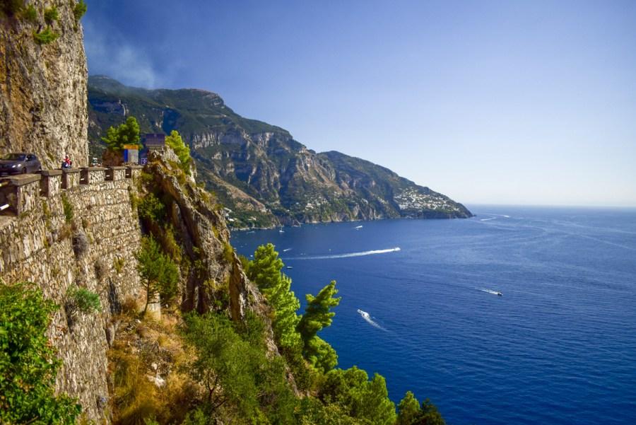 Transportul pe Coasta Amalfi: cu mașina închiriată, autobuze, feribot