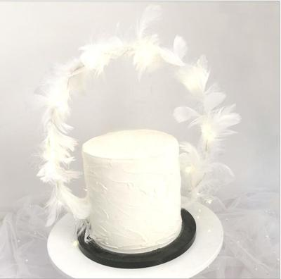Bendable White Feather Cake Topper (1)