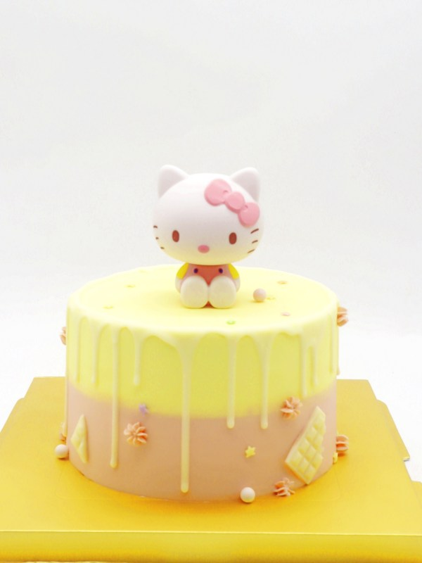 Sweet Kitty Cake