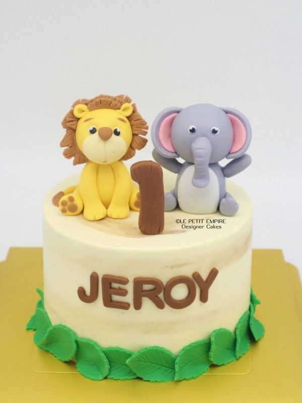 Forest Friends Cake