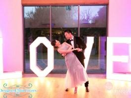love sign wedding