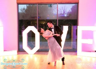 love sign wedding