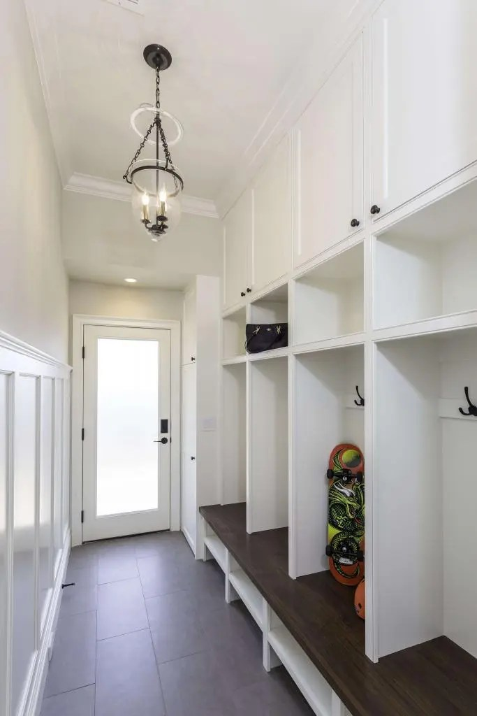 Entryway And Mudroom Designs Designer Closet Guys