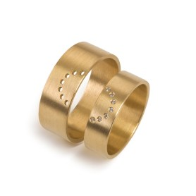 An Alleweireldt: wedding.dot.rings full circle