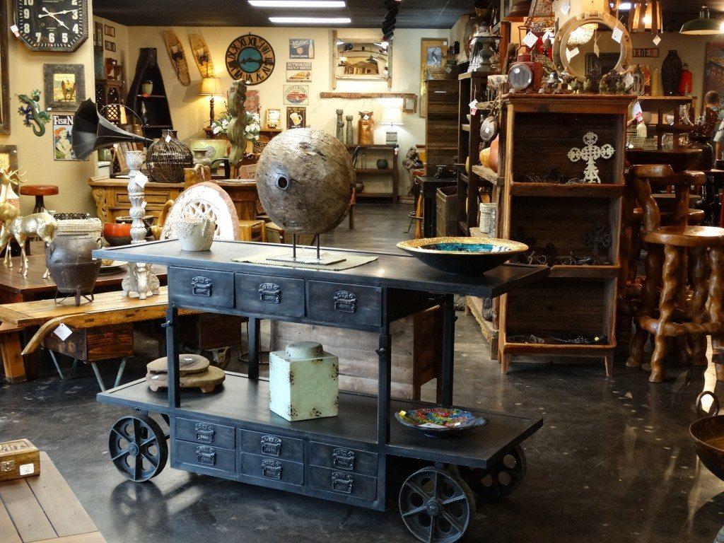 Rare Finds Warehouse cart