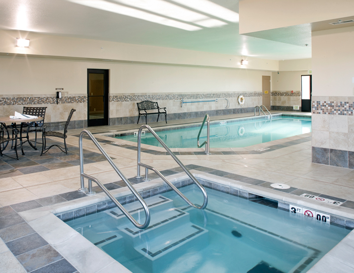 Grand Island Holiday Inn Express Interior By The
