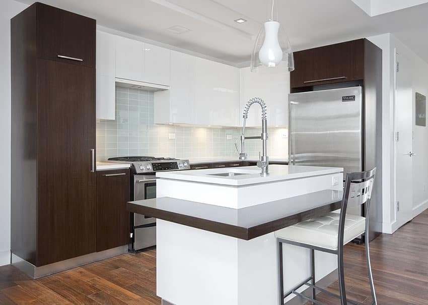Brown And White Kitchen Ideas