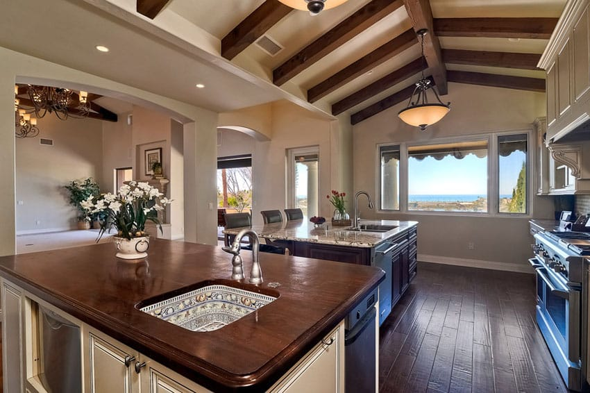 37 Craftsman Kitchens With Beautiful Cabinets Designing Idea