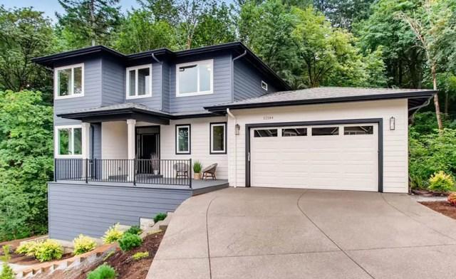Ekli garajlı modern ev