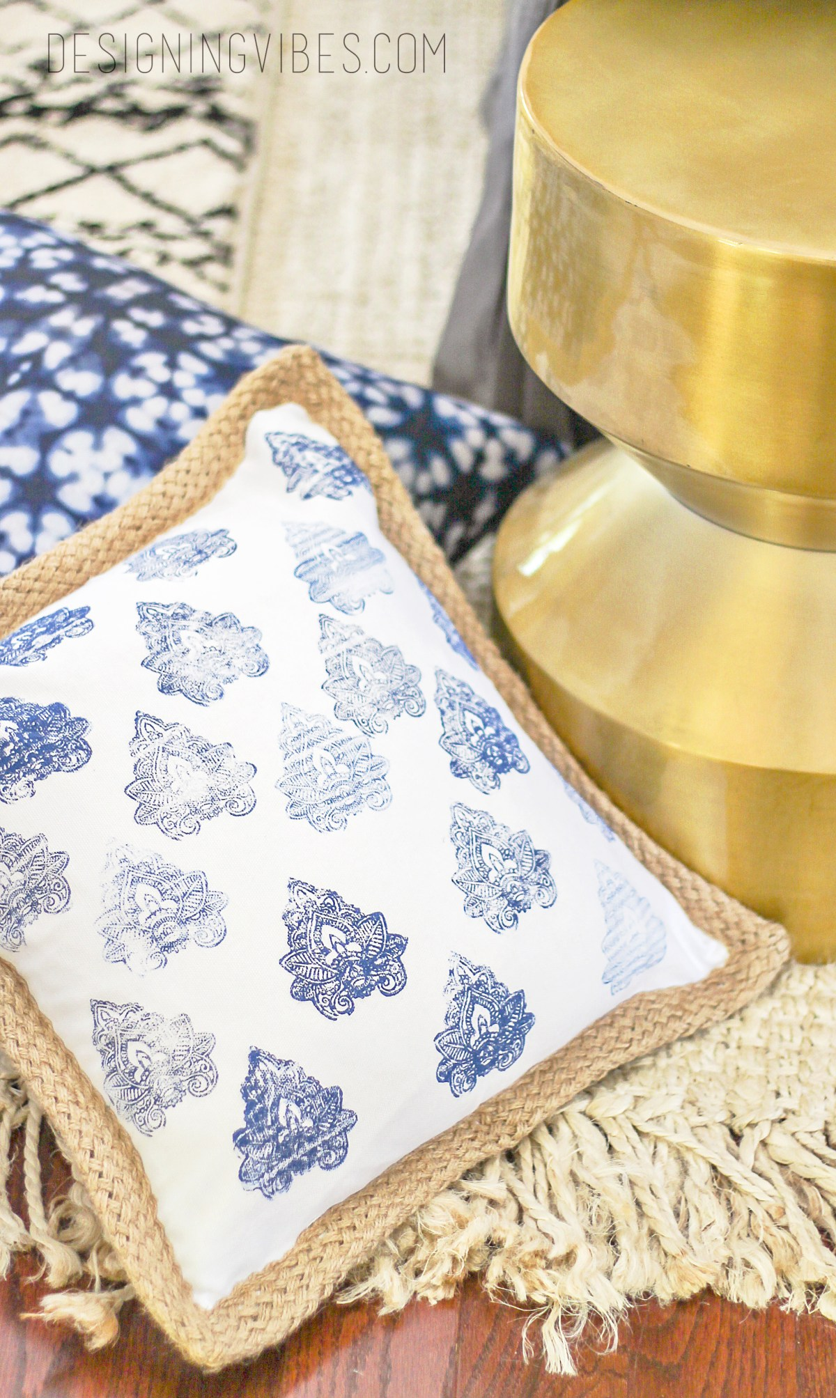 Diy No Sew Stamped Pillow Simple Hand Blocked Pillow Cover