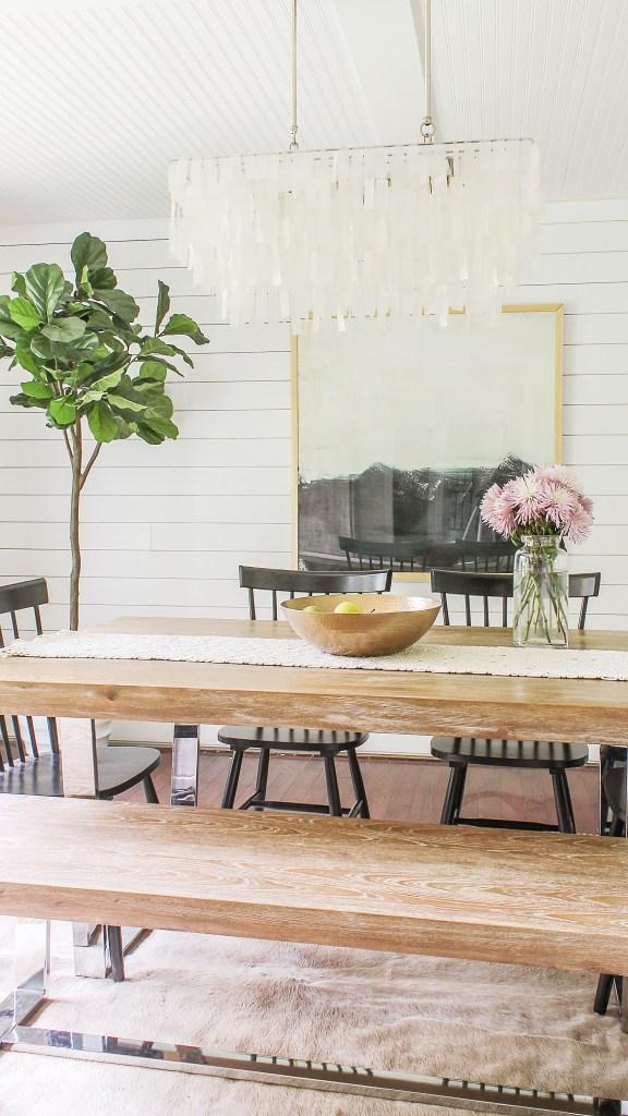 Benjamin Moore Chantilly Lace dining room