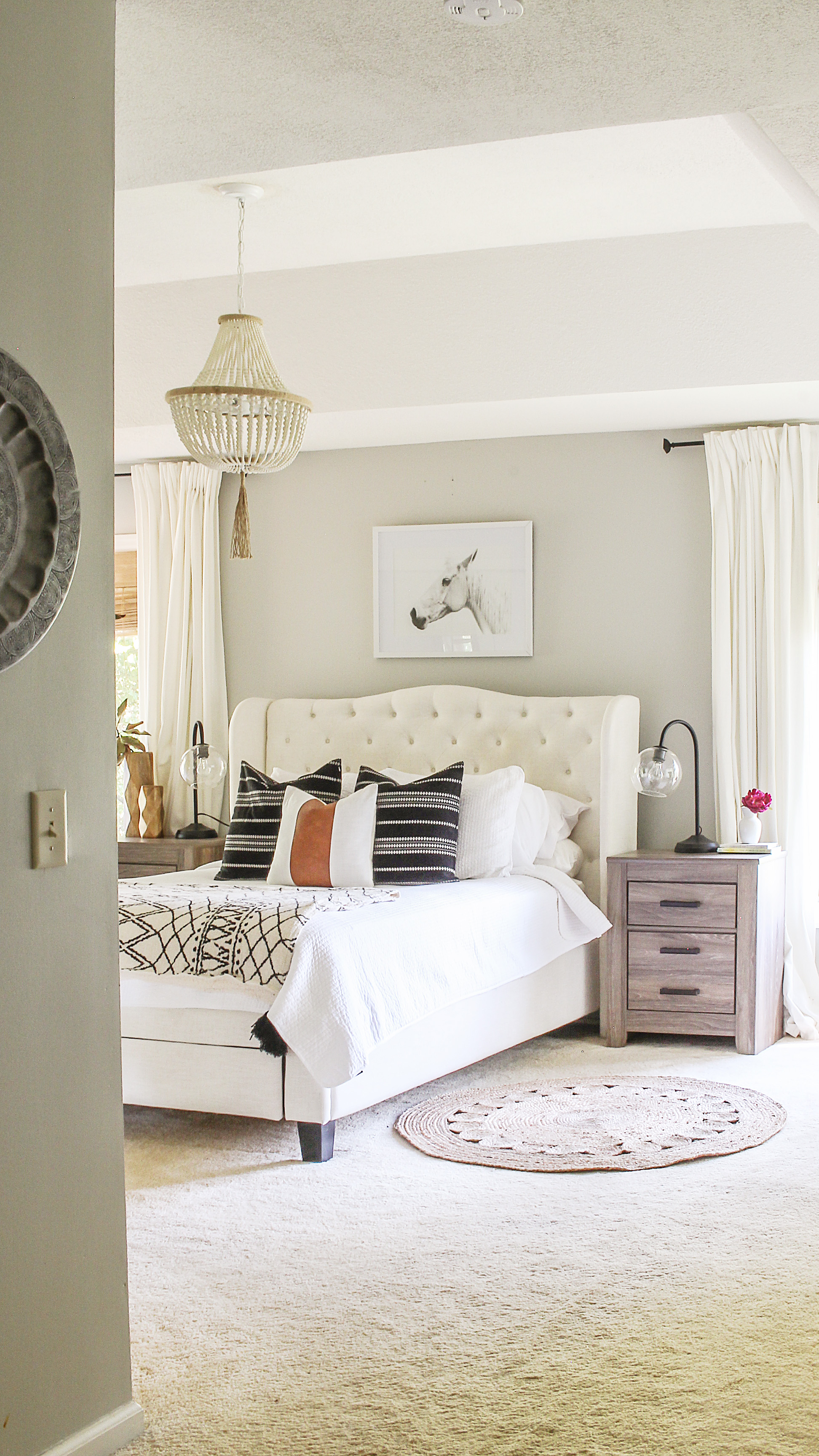 Best 25 Modern Farmhouse Bedroom Ideas On Pinterest ...