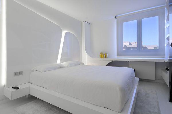 nowoczesna biala sypialnia