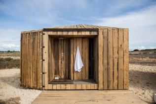 DesignJoyBlog // Cabanas no Rio by Mateus Aires