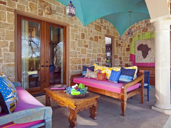 colorful-mediterranean-outdoor-rooms