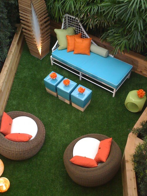 colorful-outdoor-room