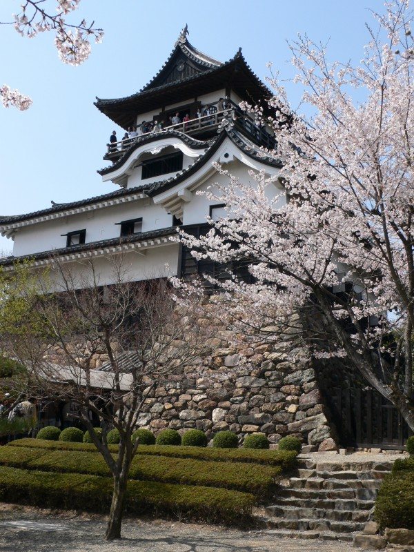 Inuyama-Castle-japan1