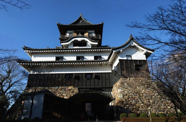 inuyama-castel-in japan