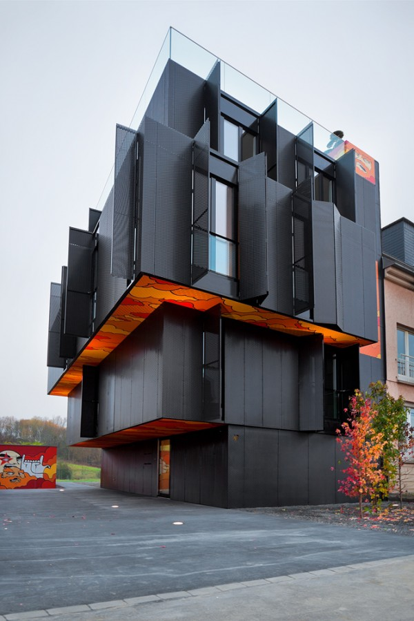 monolithic-and-scultural-building-design
