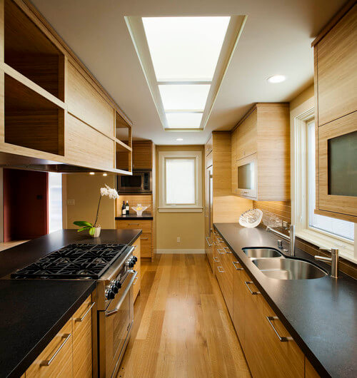Asian-kitchen-with-orchid-and-oaks