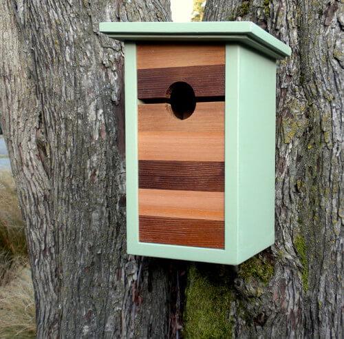 Minimal-mint-birdhouse