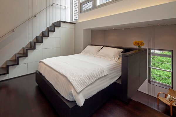 King-sized-bed