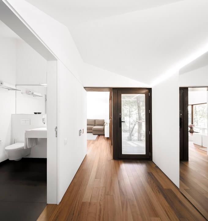 Woodland-retreat-interior-02