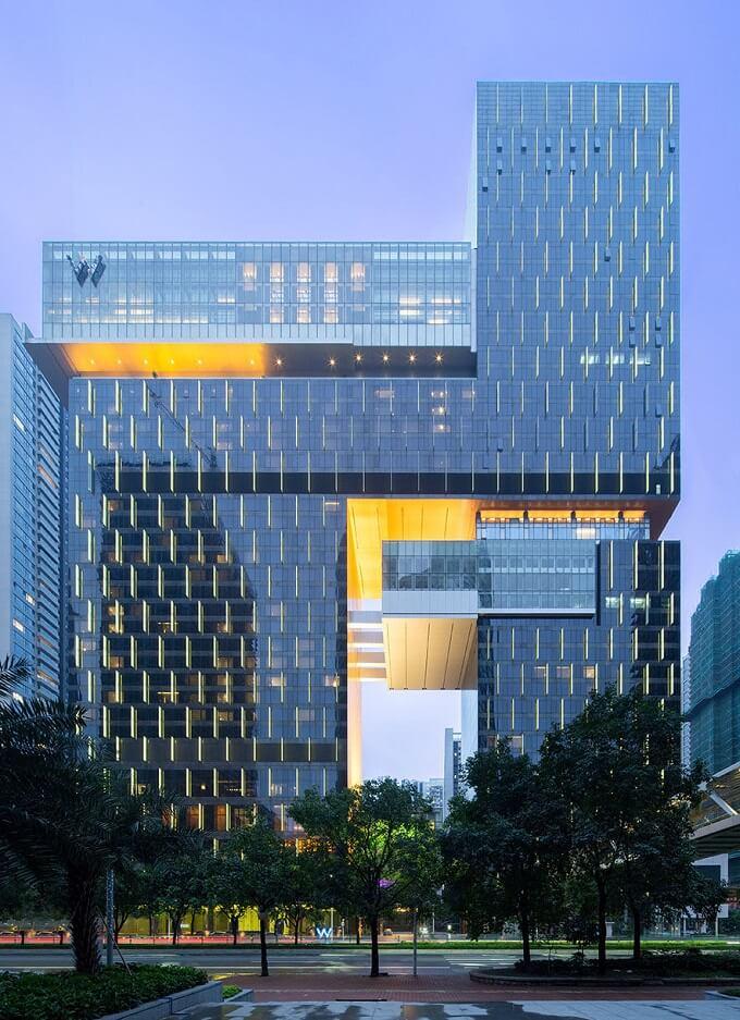 Imposing-hotel-building