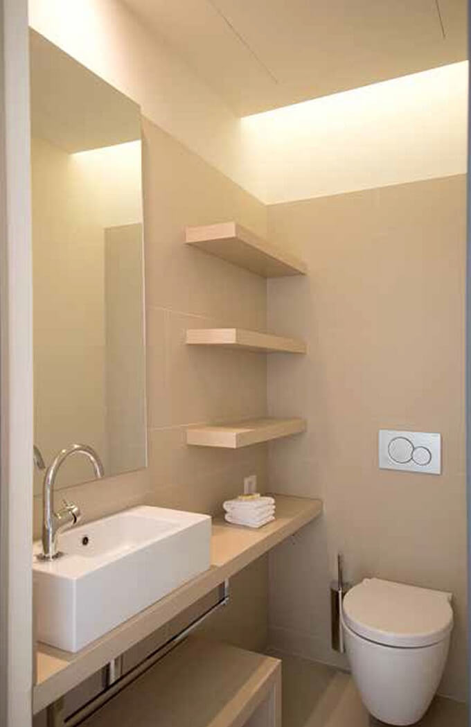 Small-stylish-bathroom